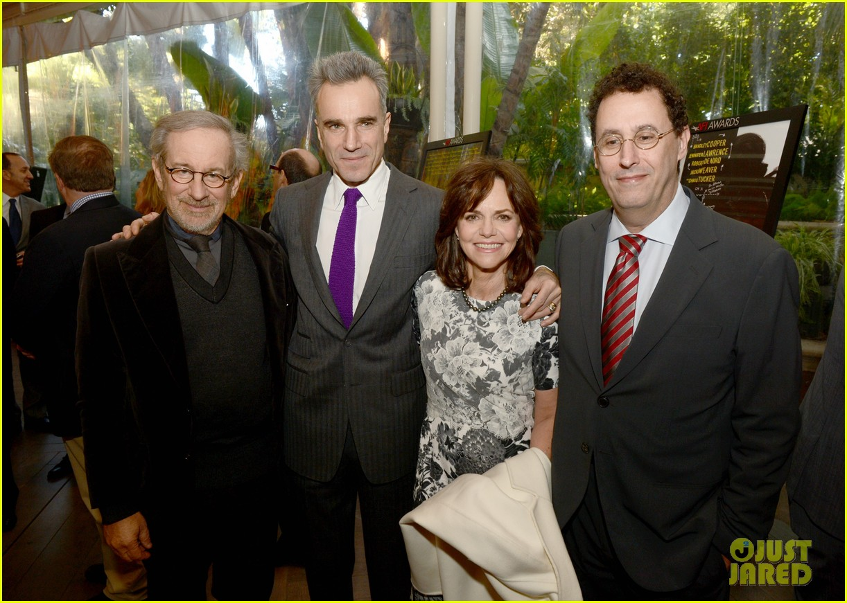 daniel day lewis sally field lincoln cast at afi awards 2013 05
