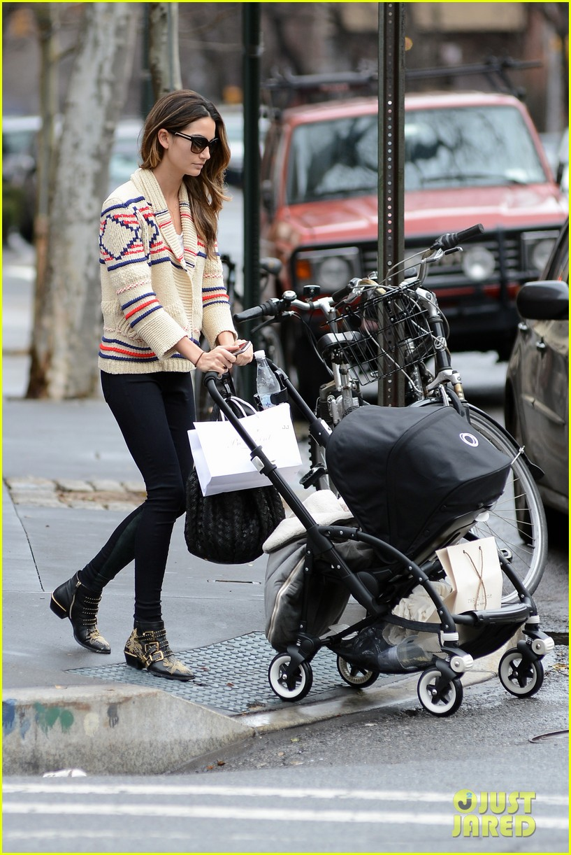 lily aldridge dixie followill new york city 04