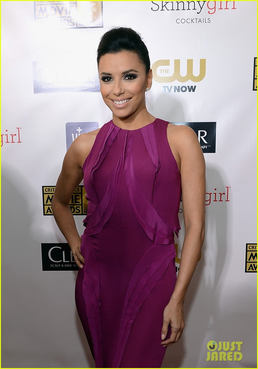 eva longoria critics choice awards 2013 red carpet 03