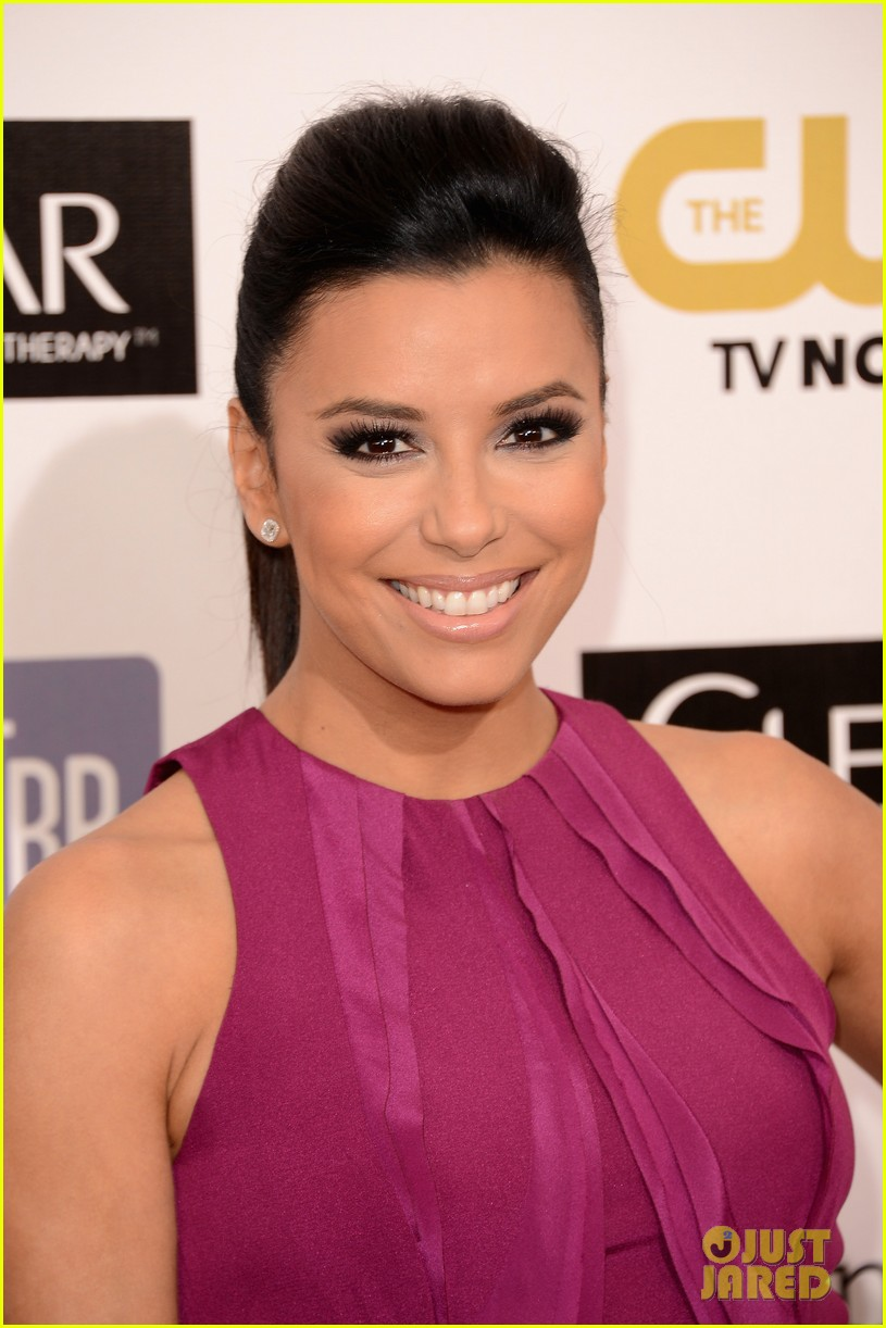 eva longoria critics choice awards 2013 red carpet 052788650