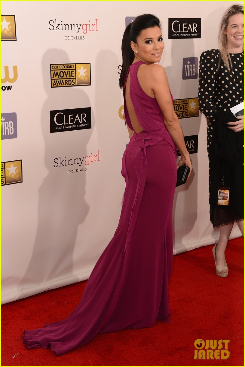 eva longoria critics choice awards 2013 red carpet 08