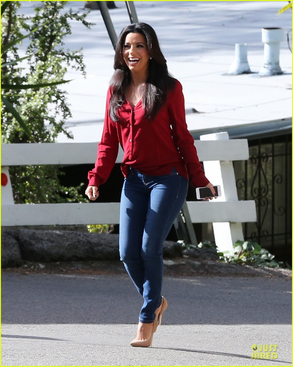 eva longoria red hot work day in santa monica 21