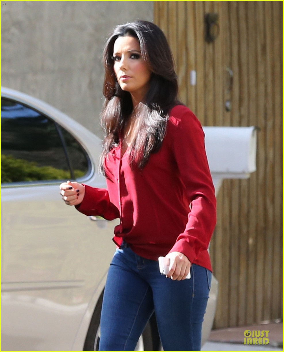 eva longoria red hot work day in santa monica 25