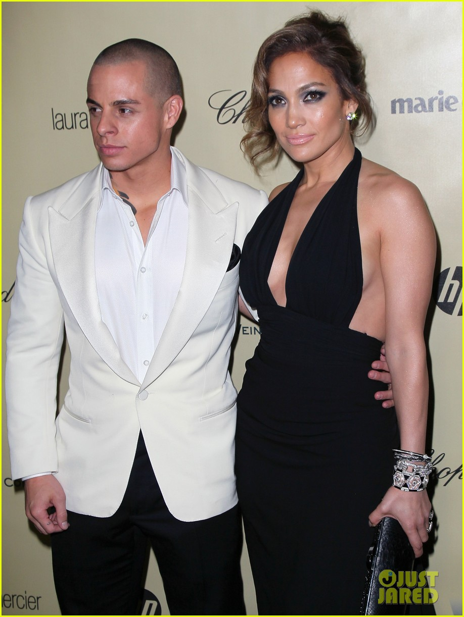 jennifer lopez casper smart golden globes parties 2013 02