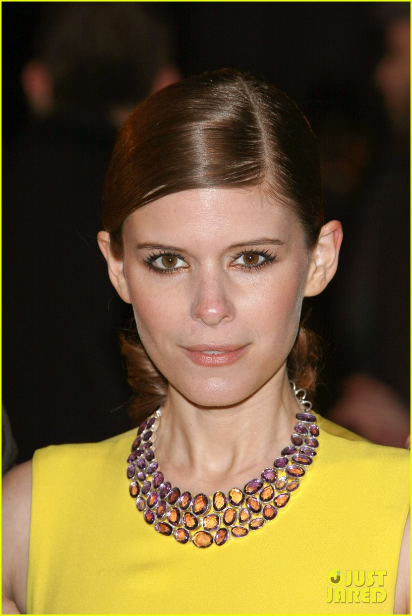 kate mara house of cards netflix premiere 02