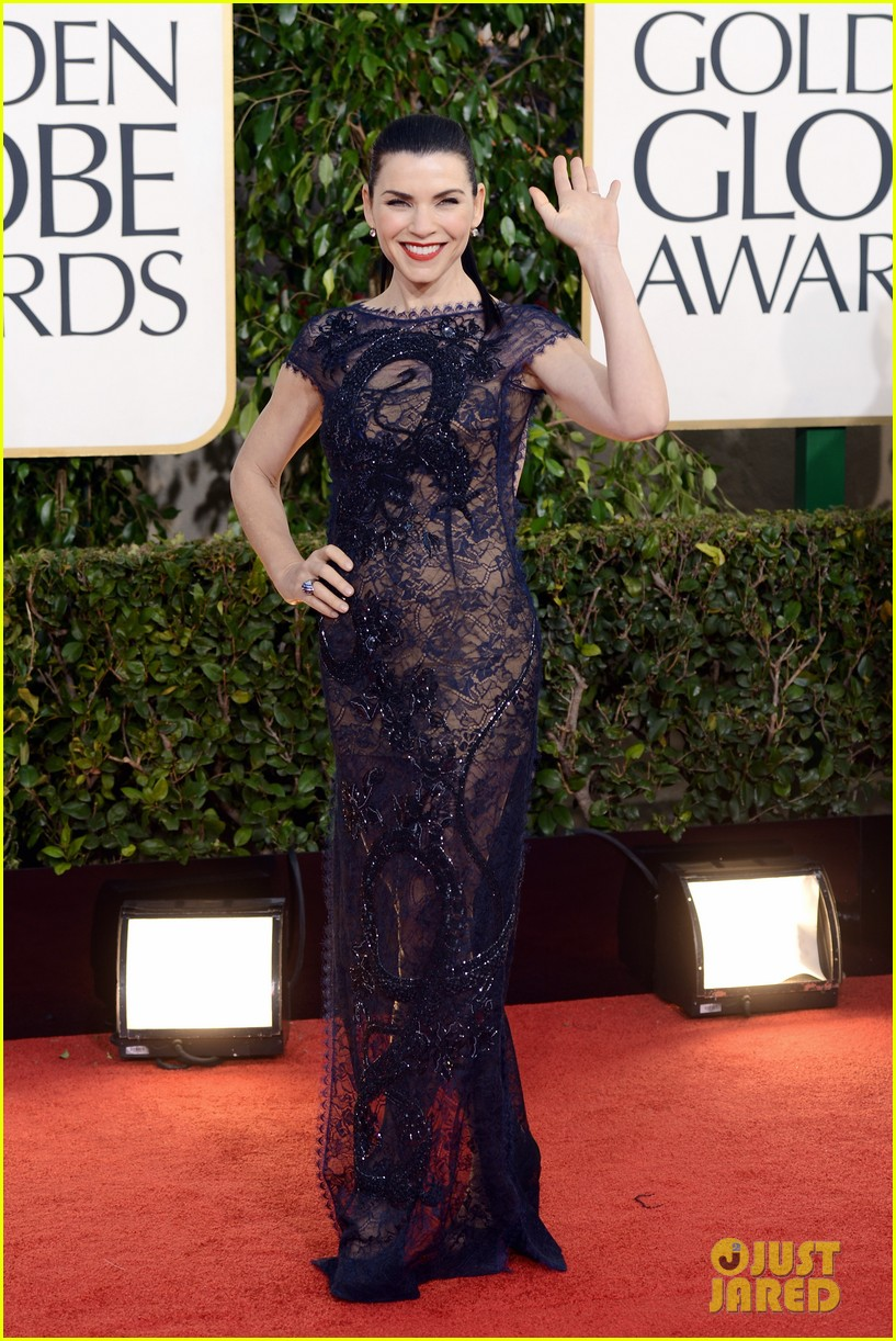 julianna margulies golden globes 2013 red carpet 01