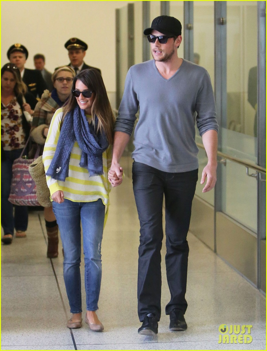 lea michele cory monteith holding hands at lax 06