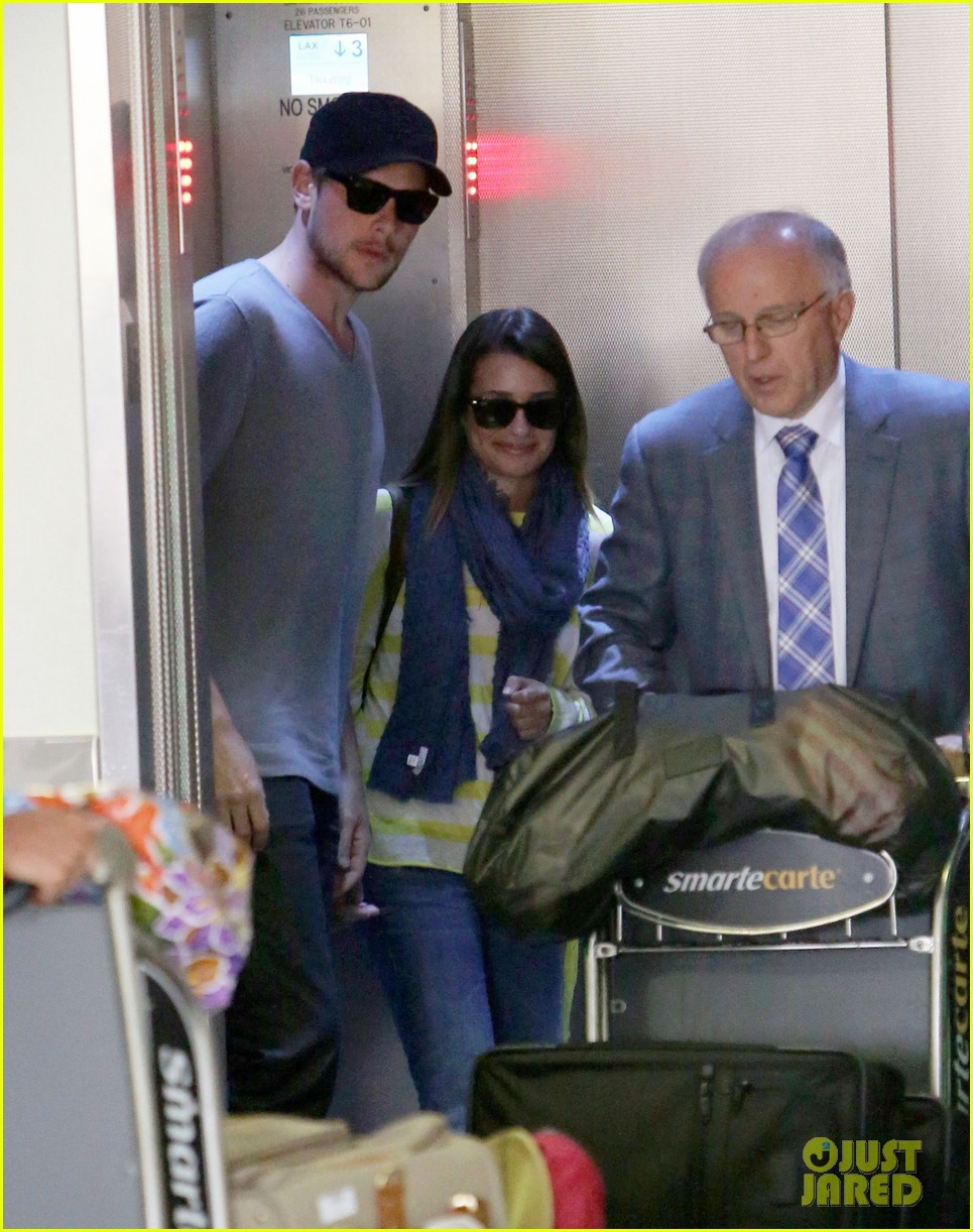 lea michele cory monteith holding hands at lax 12