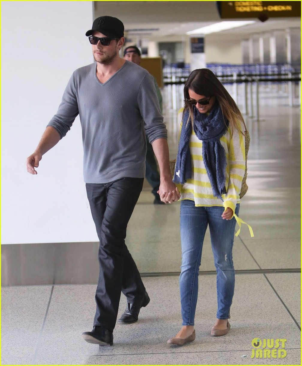 lea michele cory monteith holding hands at lax 132785454