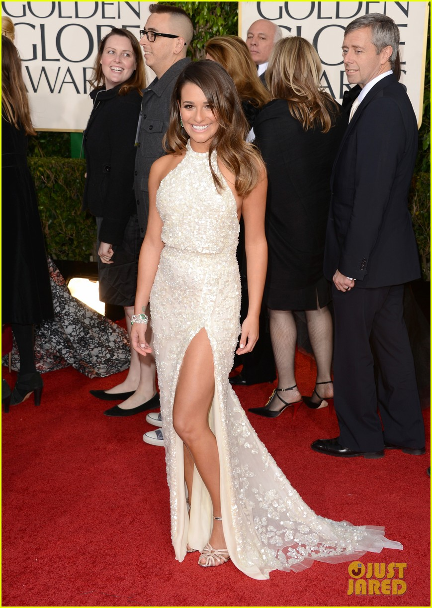 lea michele golden globes 2013 red carpet 02