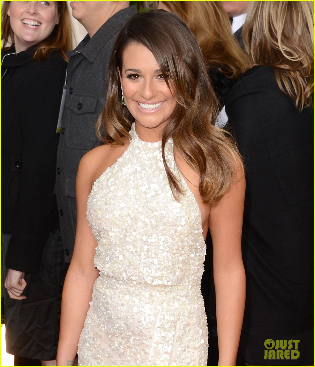 lea michele golden globes 2013 red carpet 05