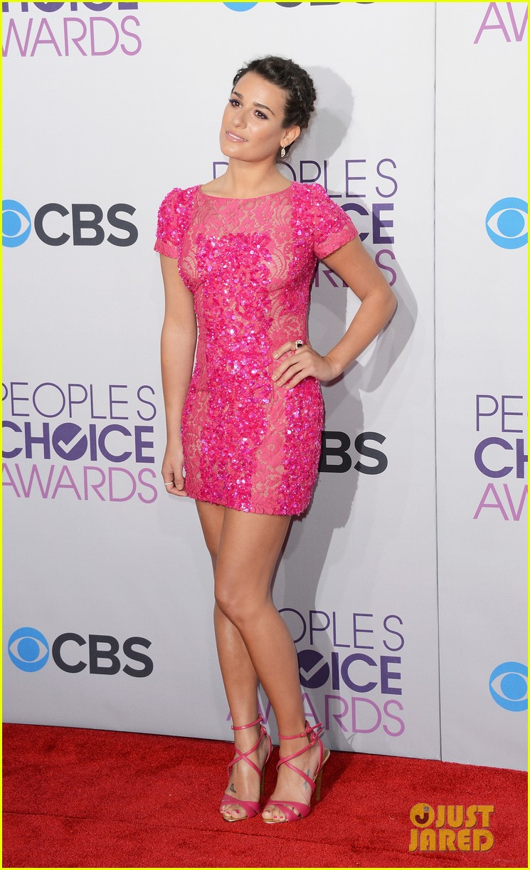 lea michele peopels choice awards 2013 red carpet 06