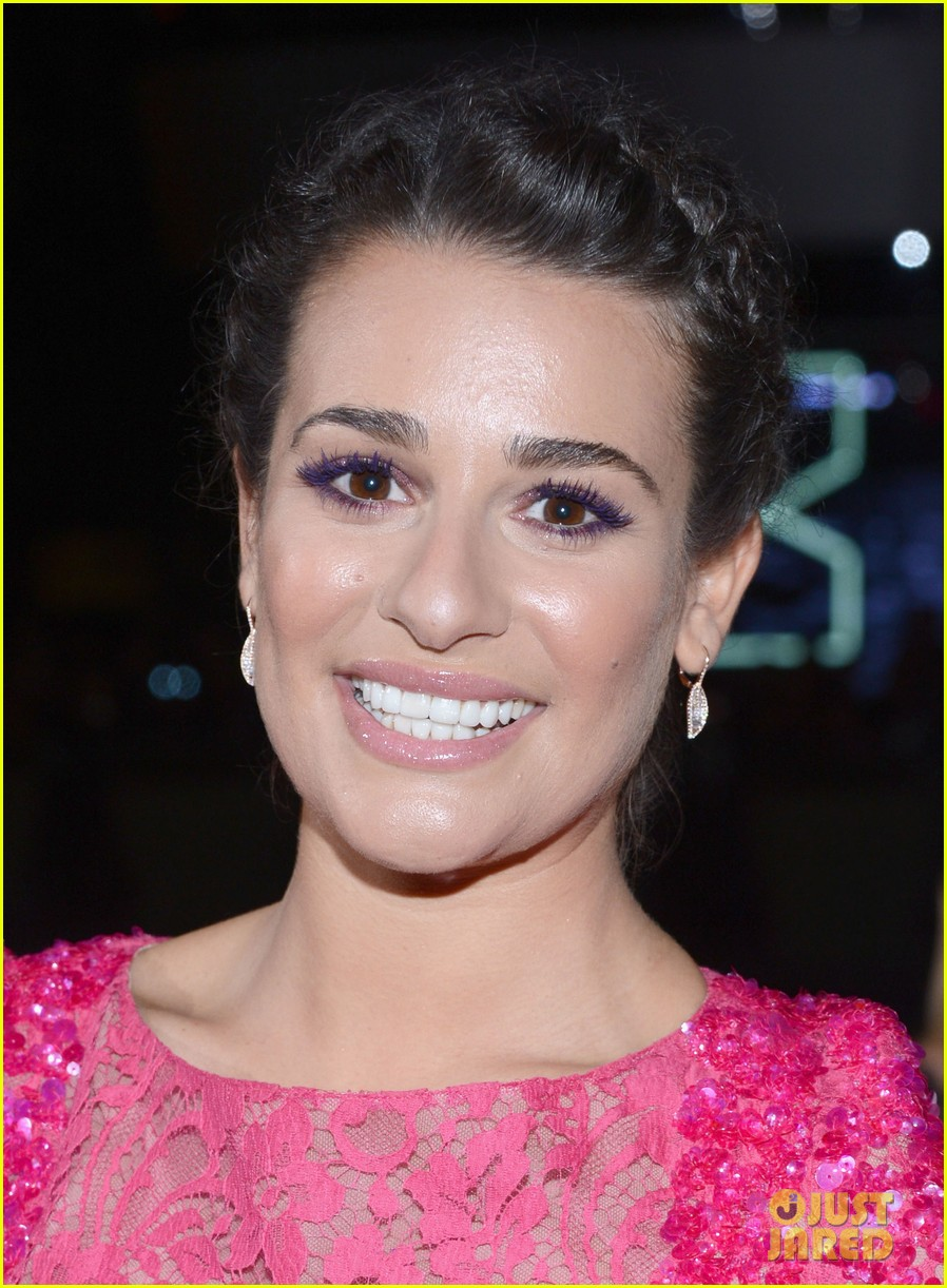lea michele peopels choice awards 2013 red carpet 08