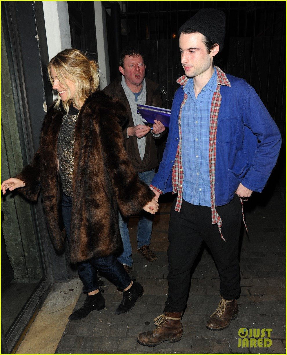 sienna miller tom sturridge no quarter press night 05
