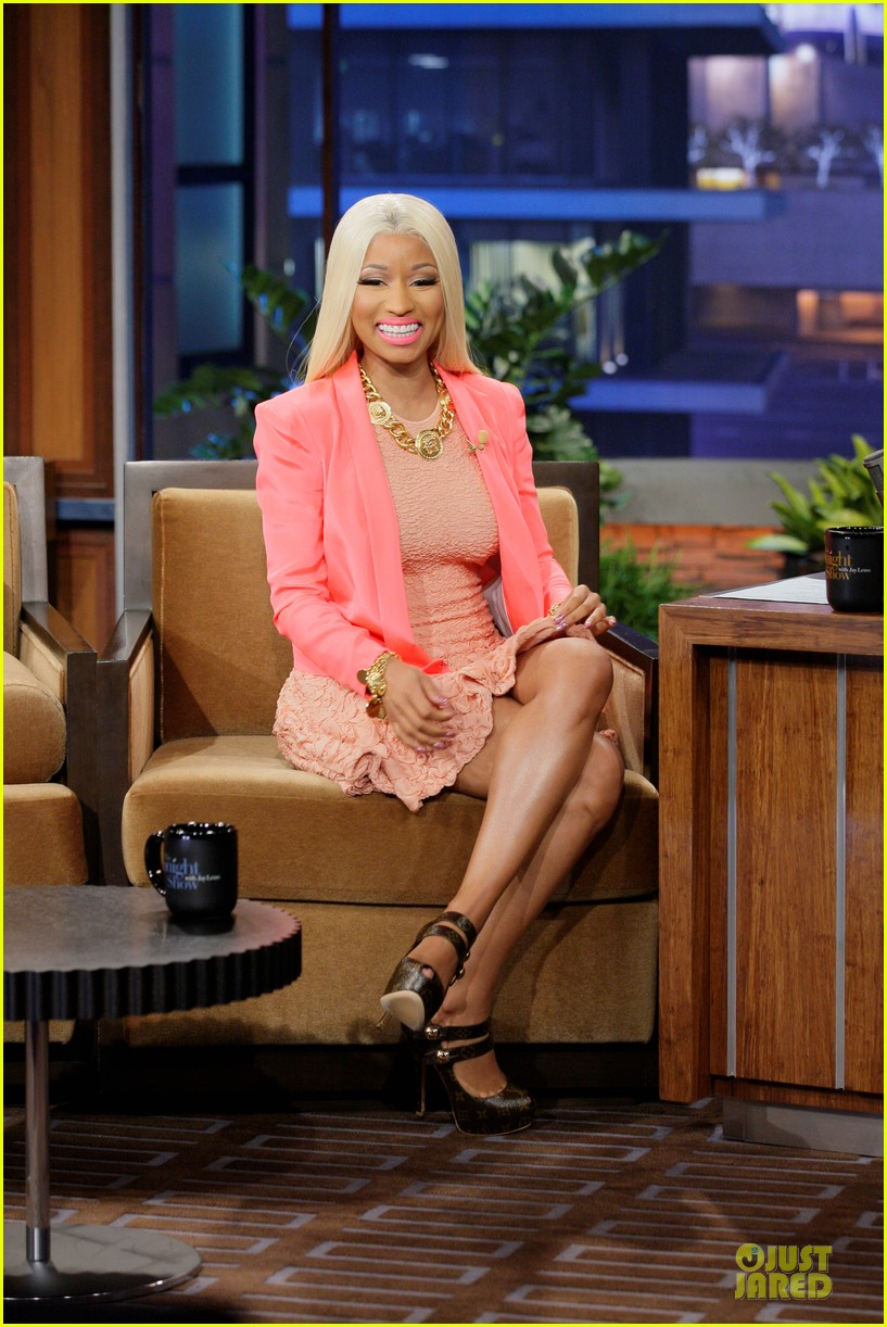 nicki minaj doesnt hold grudge against mariah carey 01