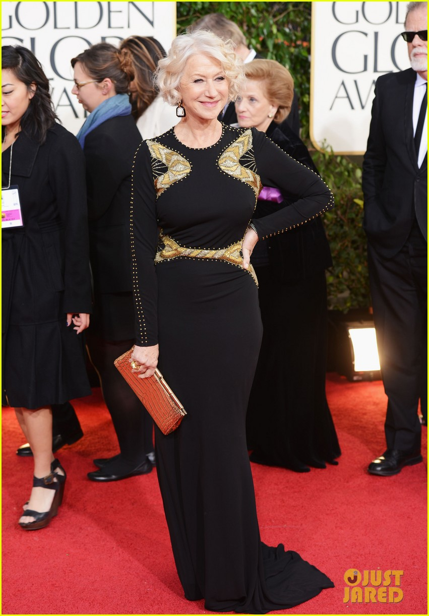 helen mirren glenn close golden globes 2013 red carpet 05