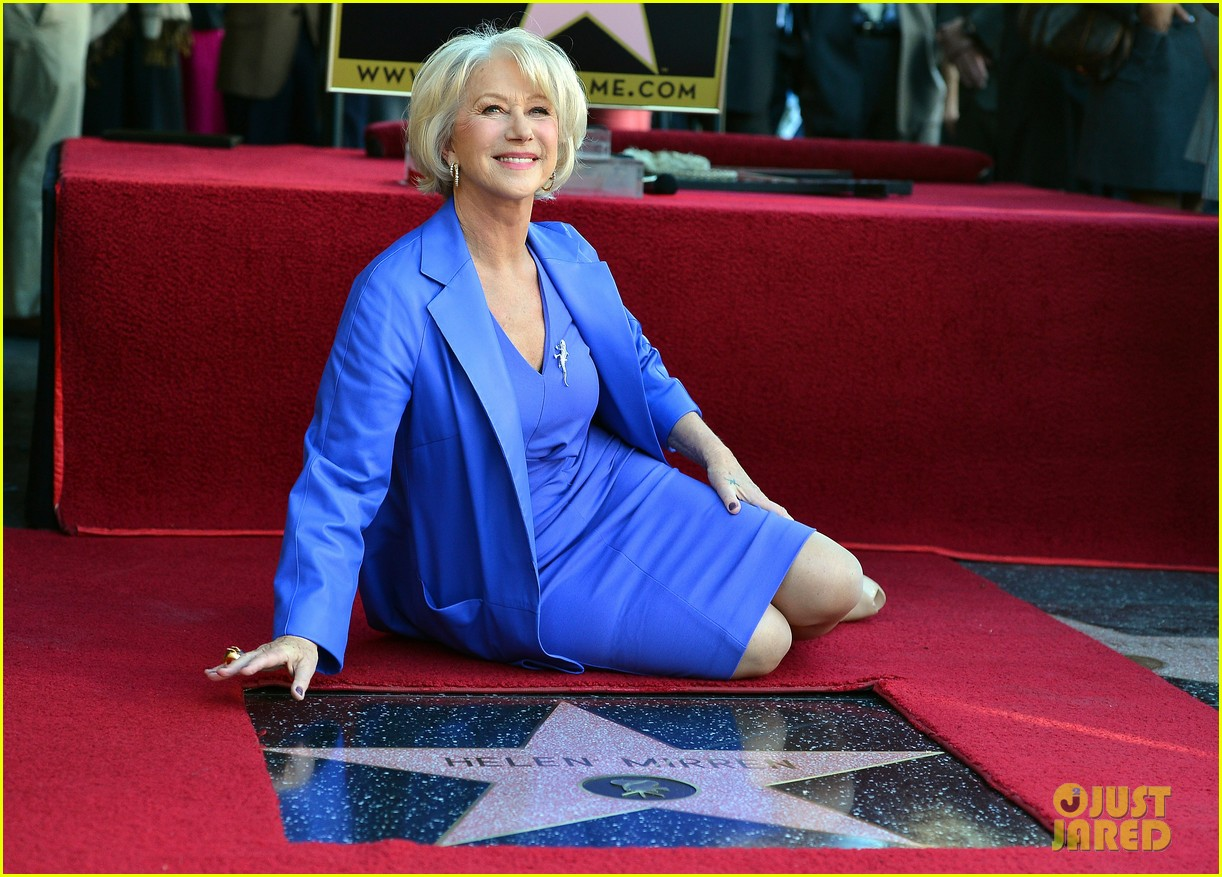 helen mirren receives star on hollywood walk of fame 192784361