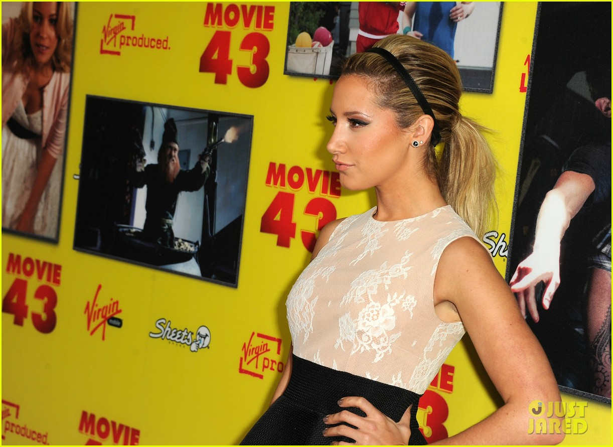 chloe moretz ashley tisdale movie 43 premiere 20