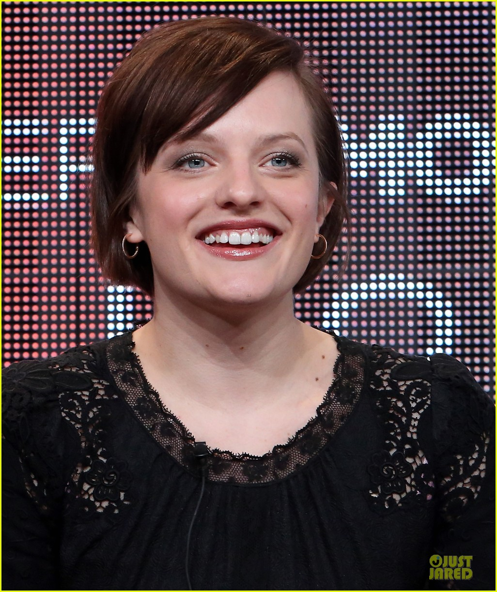 elisabeth moss top of the lake tca panel 26