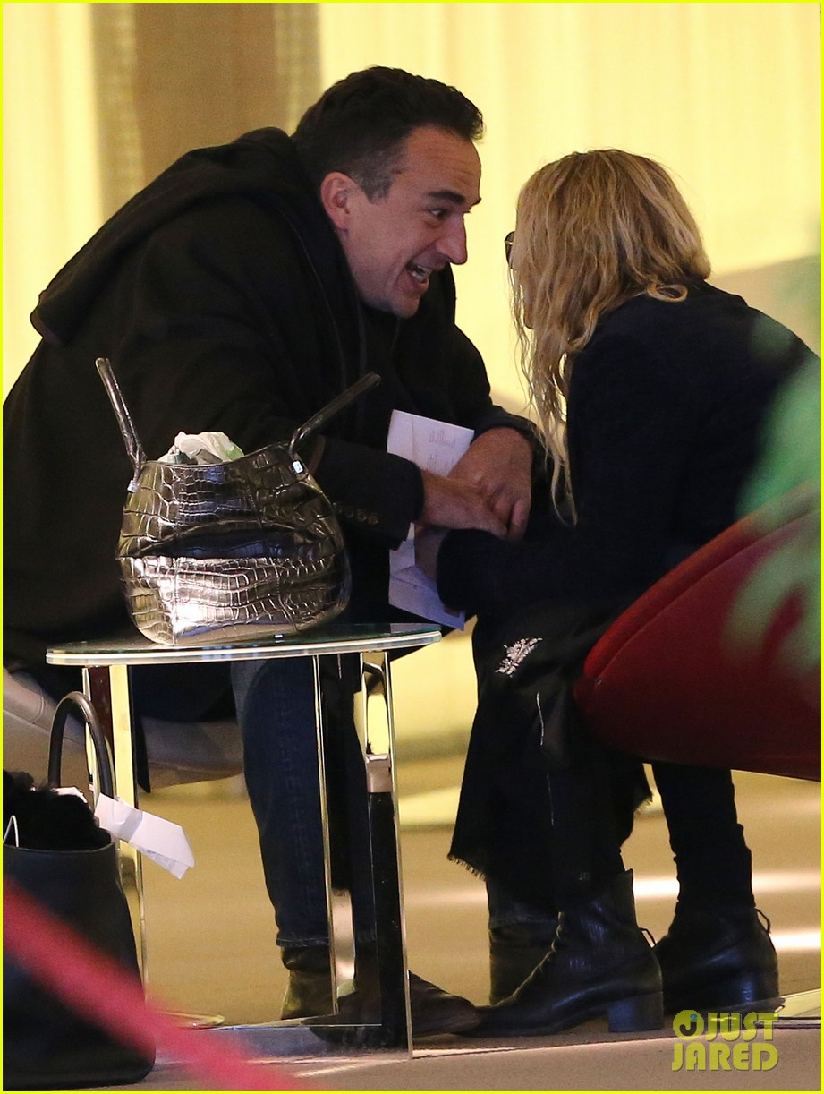 mary kate olsen olivier sarkozy charles de gaulle couple 02