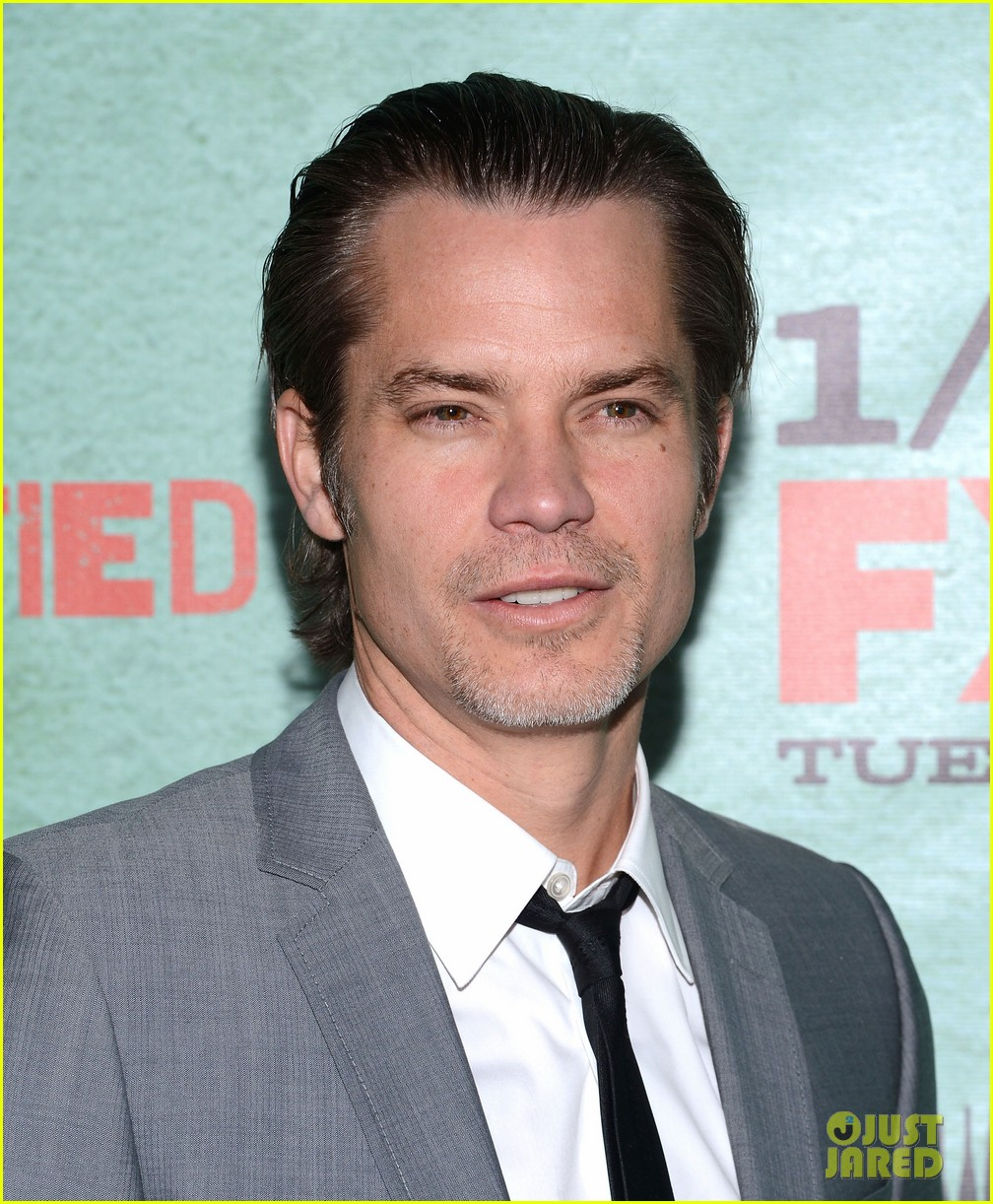 timothy olyphant joelle carter justified season four premiere 14