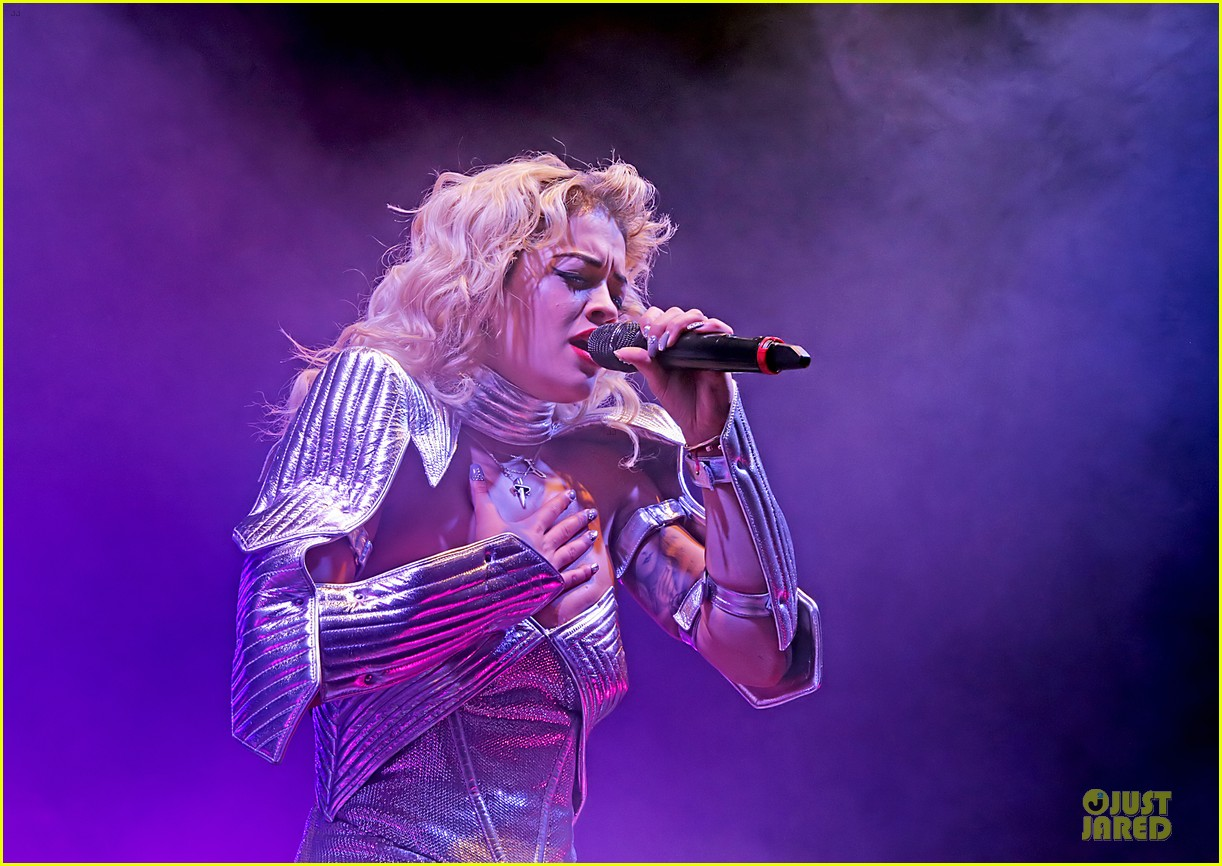 rita ora radioactive tour stop in manchester 12