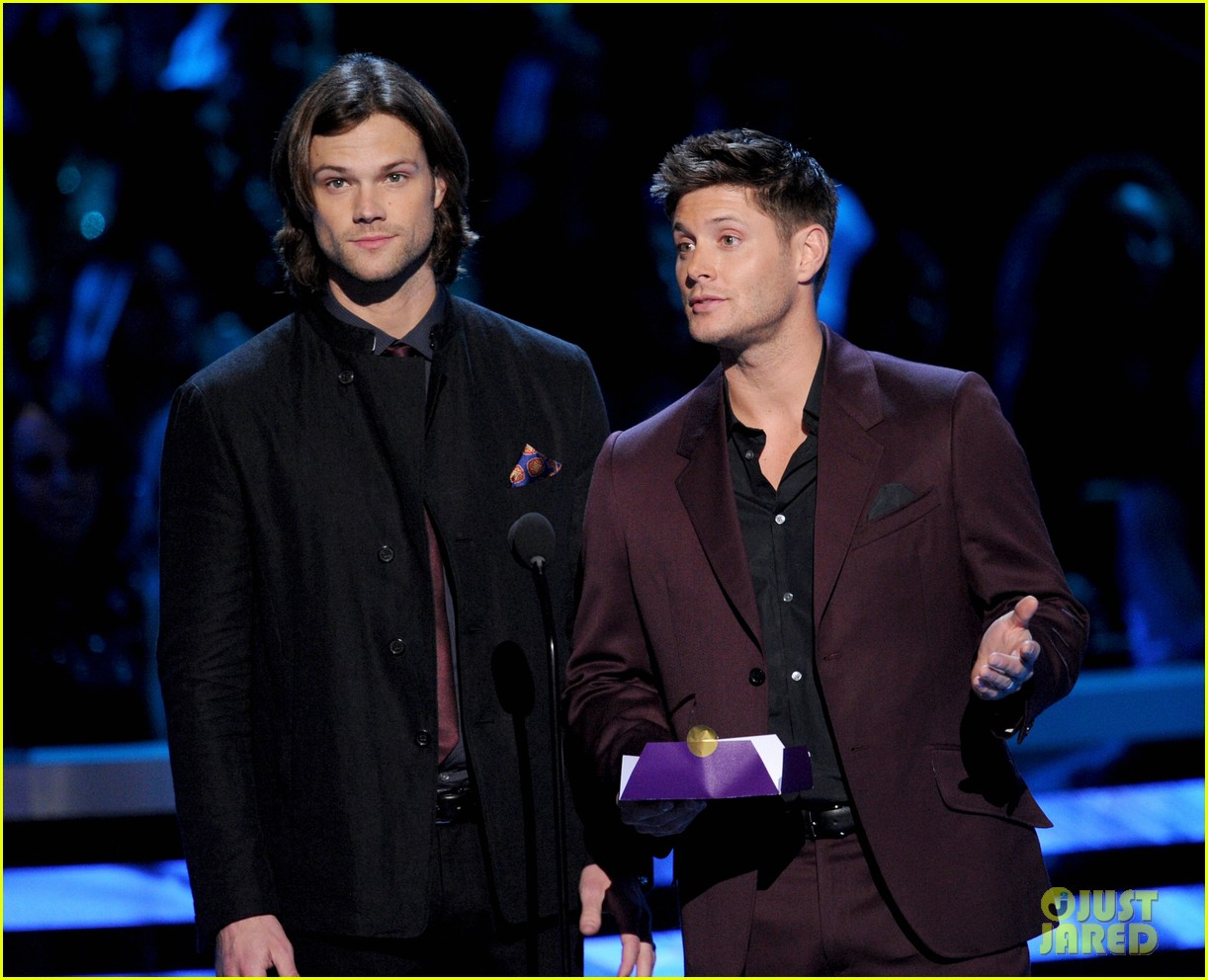 jared padalecki jensen ackles peoples choice awards 2013 08