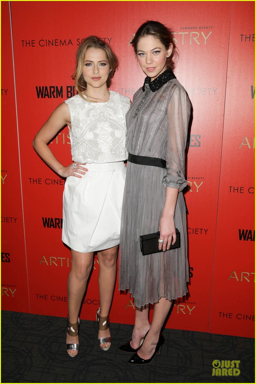 teresa palmer nicholas hoult warm bodies new york premiere 01