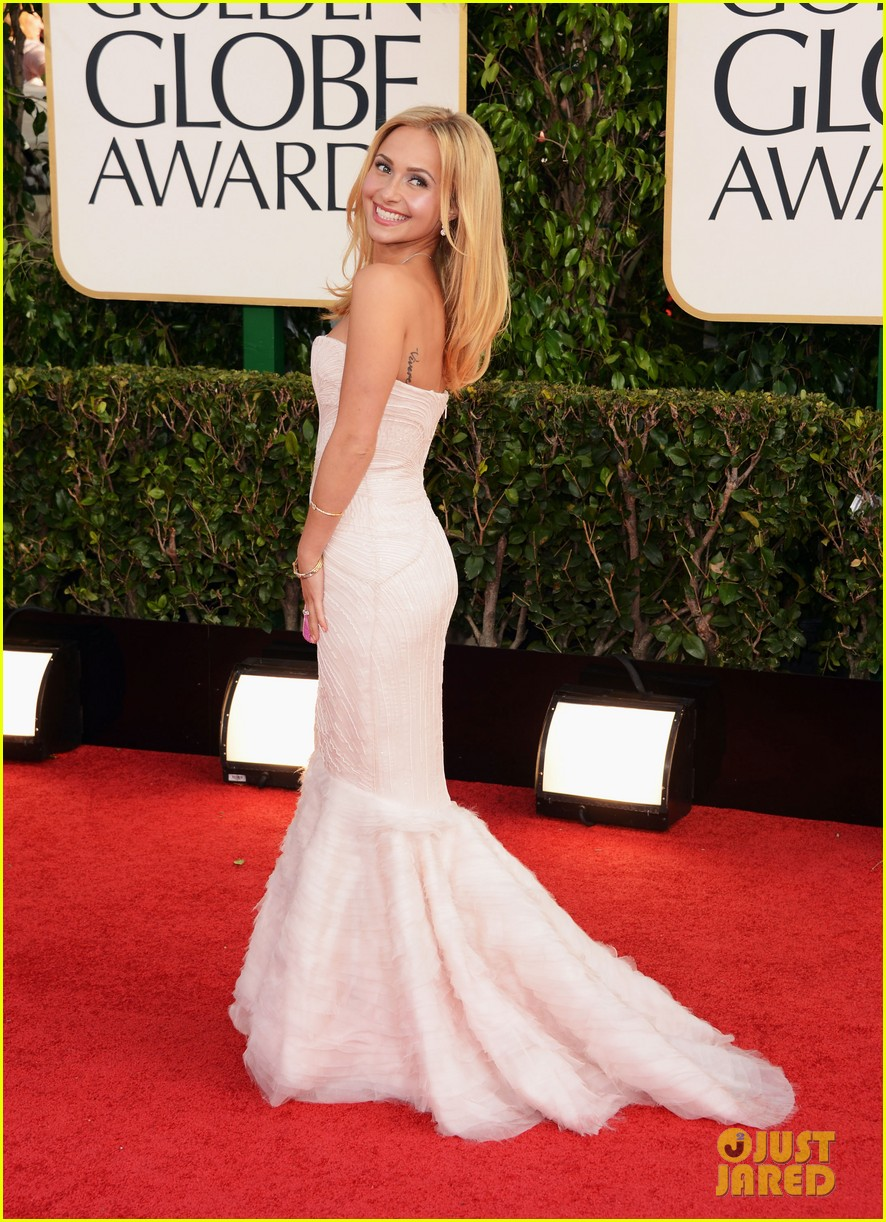 hayden panettiere golden globes 2013 red carpet 01