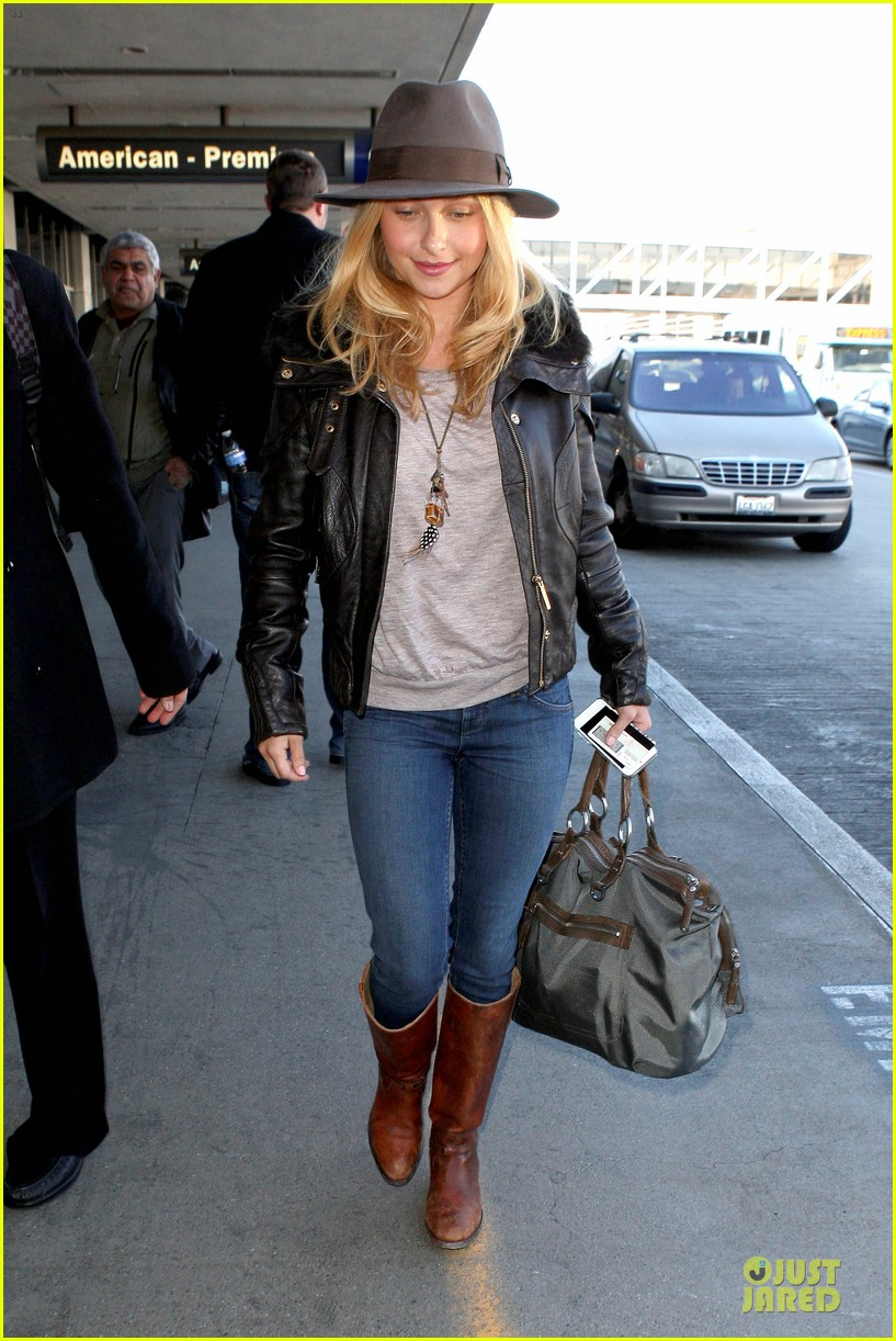 hayden panettiere post golden globes los angeles departure 05