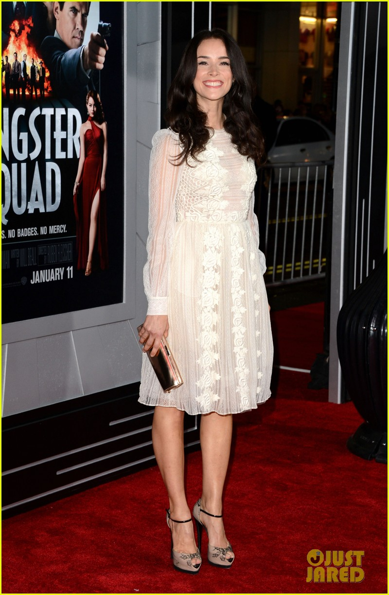 abigail spencer josh pence gangster squad premiere pair 122786532