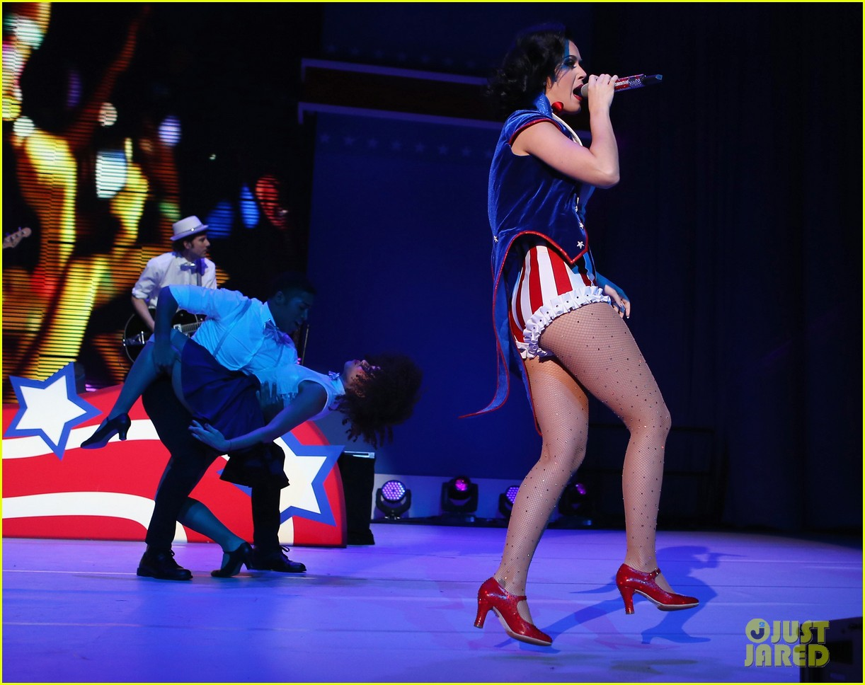 katy perry usher kids inaugural concert 2013 152794980