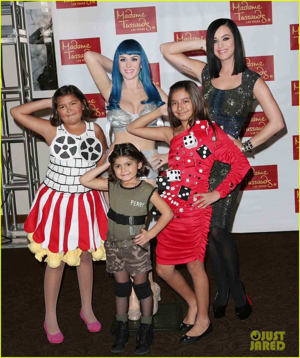 katy perry wax figure unveiled 01