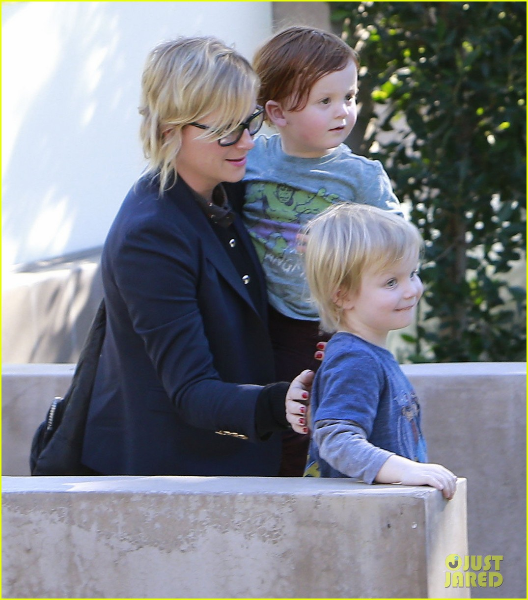 amy poehler birthday party with archie abel 07