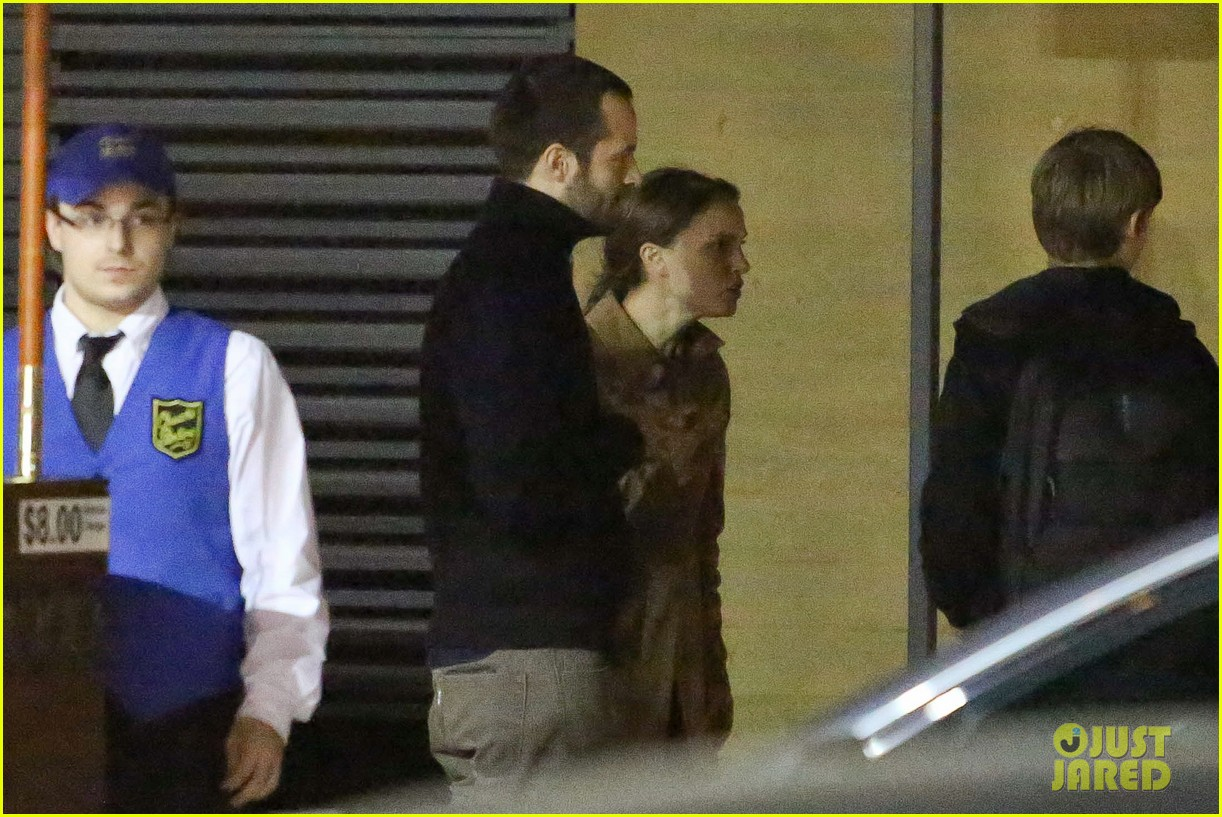 natalie portman runs errands after date night 042796366