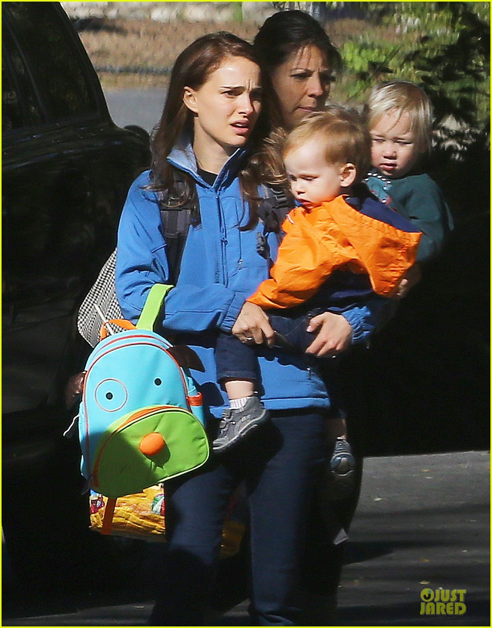 natalie portman & aleph pasadena play date 02