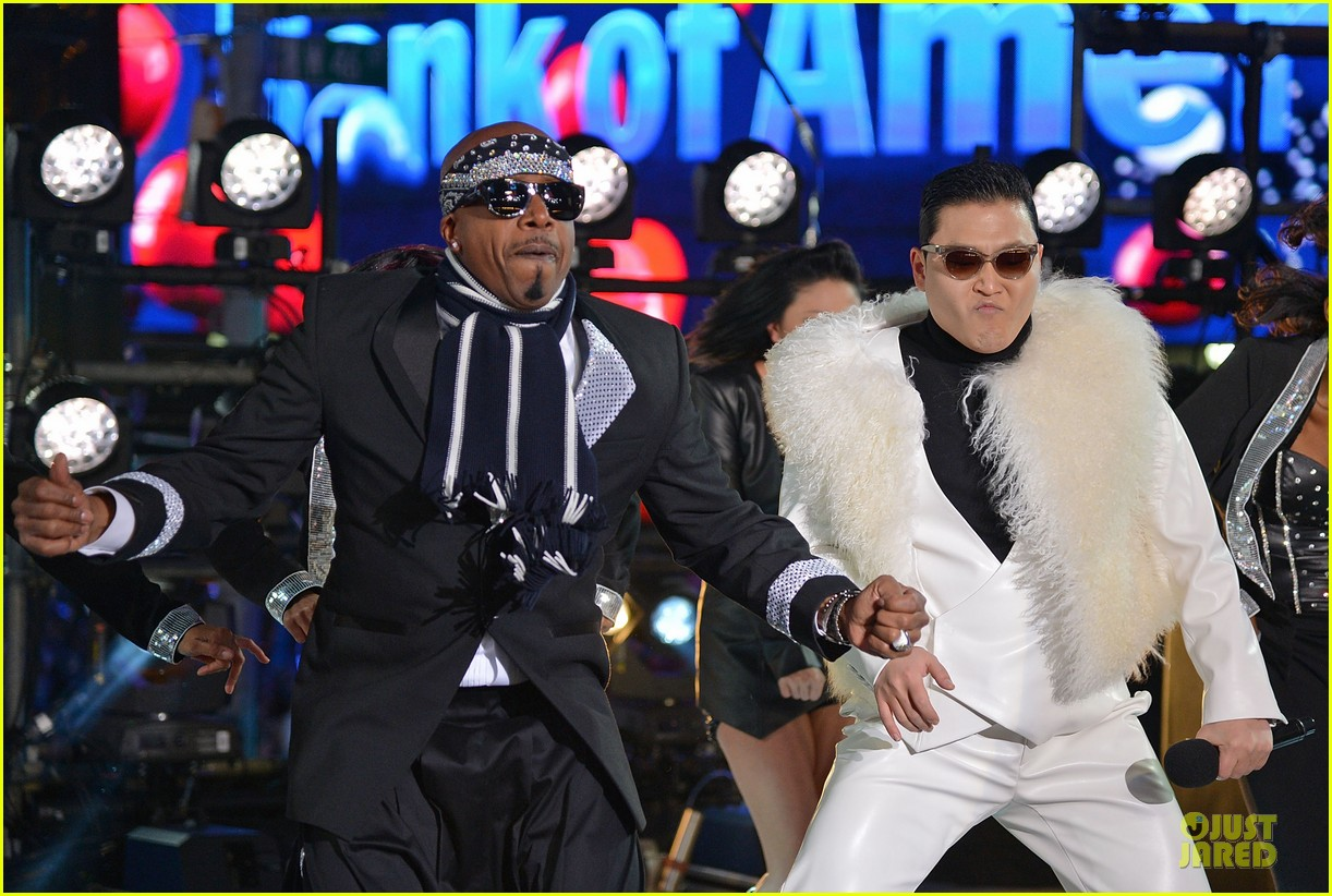 psy & mc hammer dick clark new year rockin eve wtih ryan seacrest duo 07