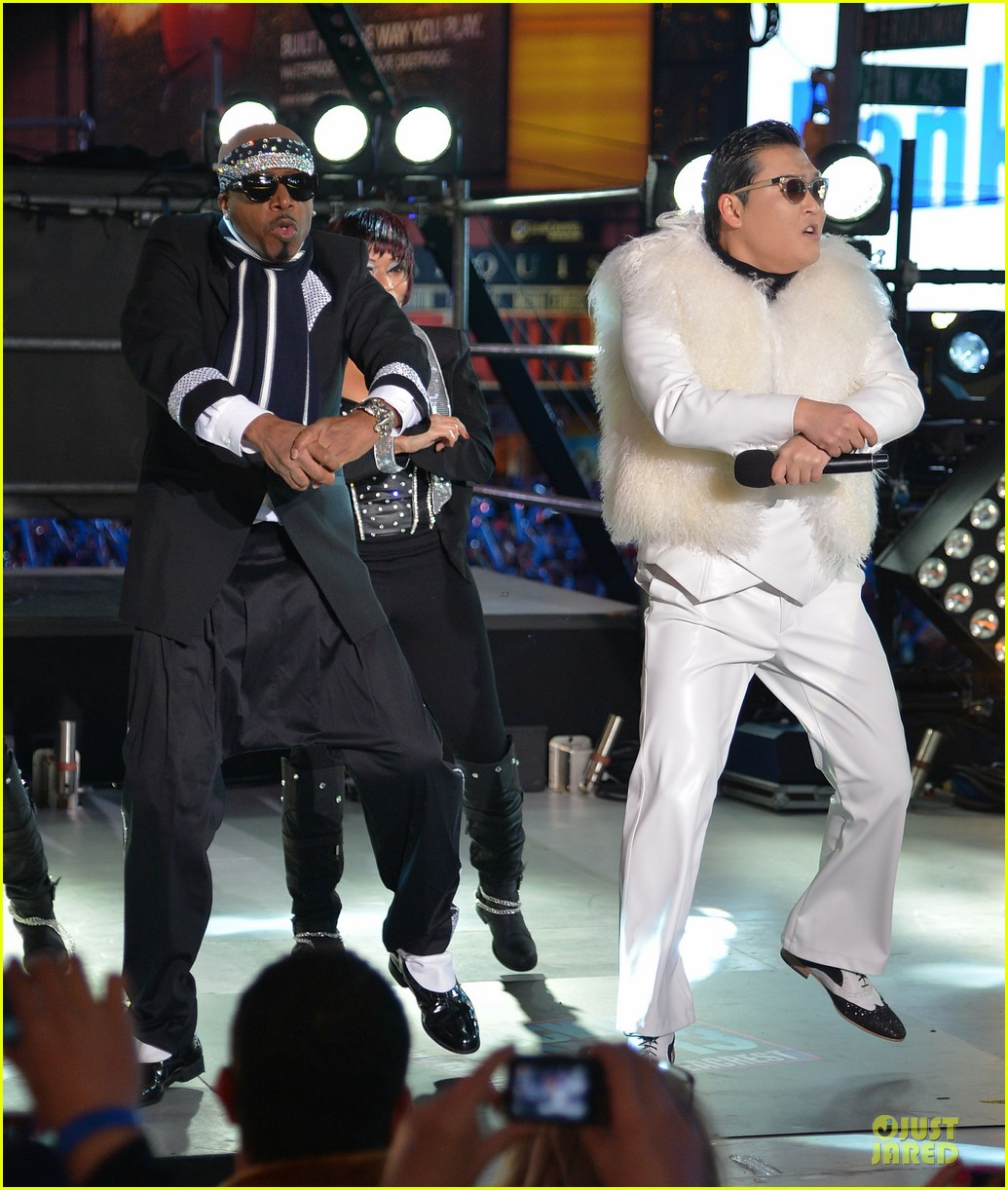 psy & mc hammer dick clark new year rockin eve wtih ryan seacrest duo 08