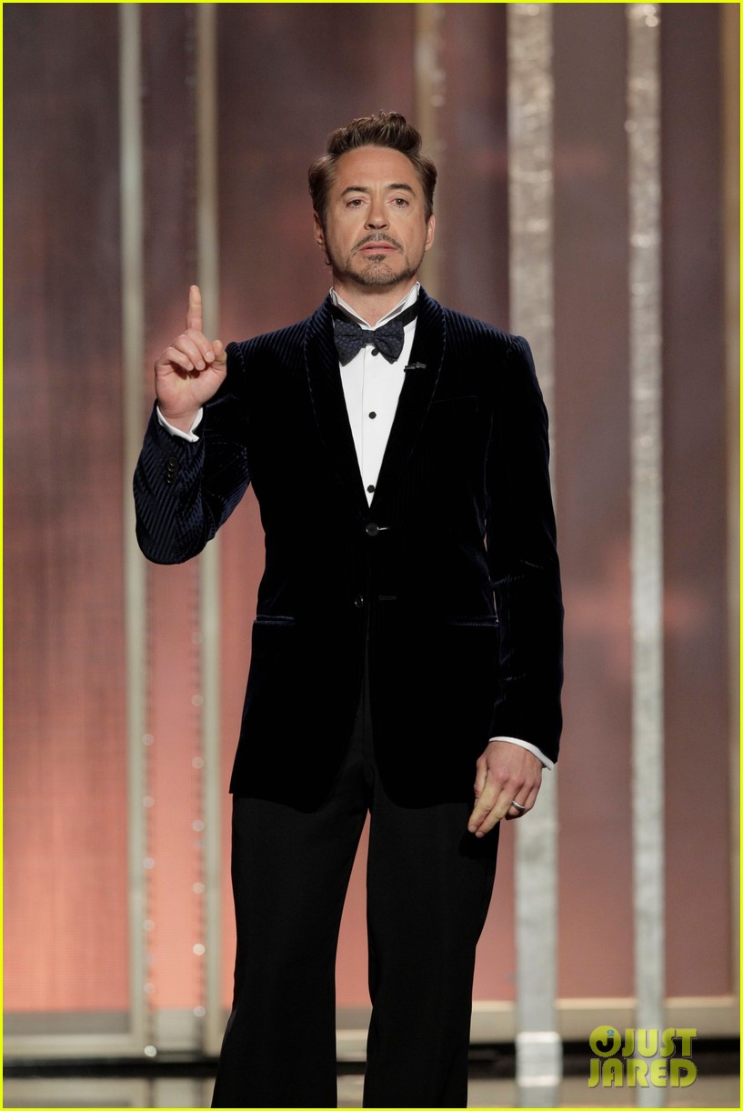 robert downey jr jeremy renner golden globes 2013 062792140