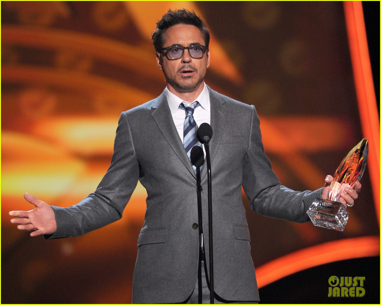 robert downey jr peoples choice 2013 08