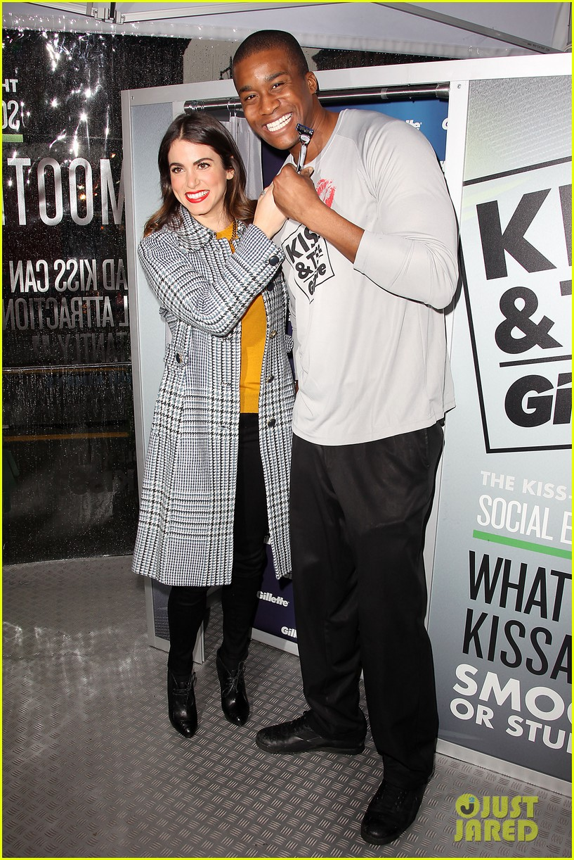 nikki reed kiss tell event for gillette 32