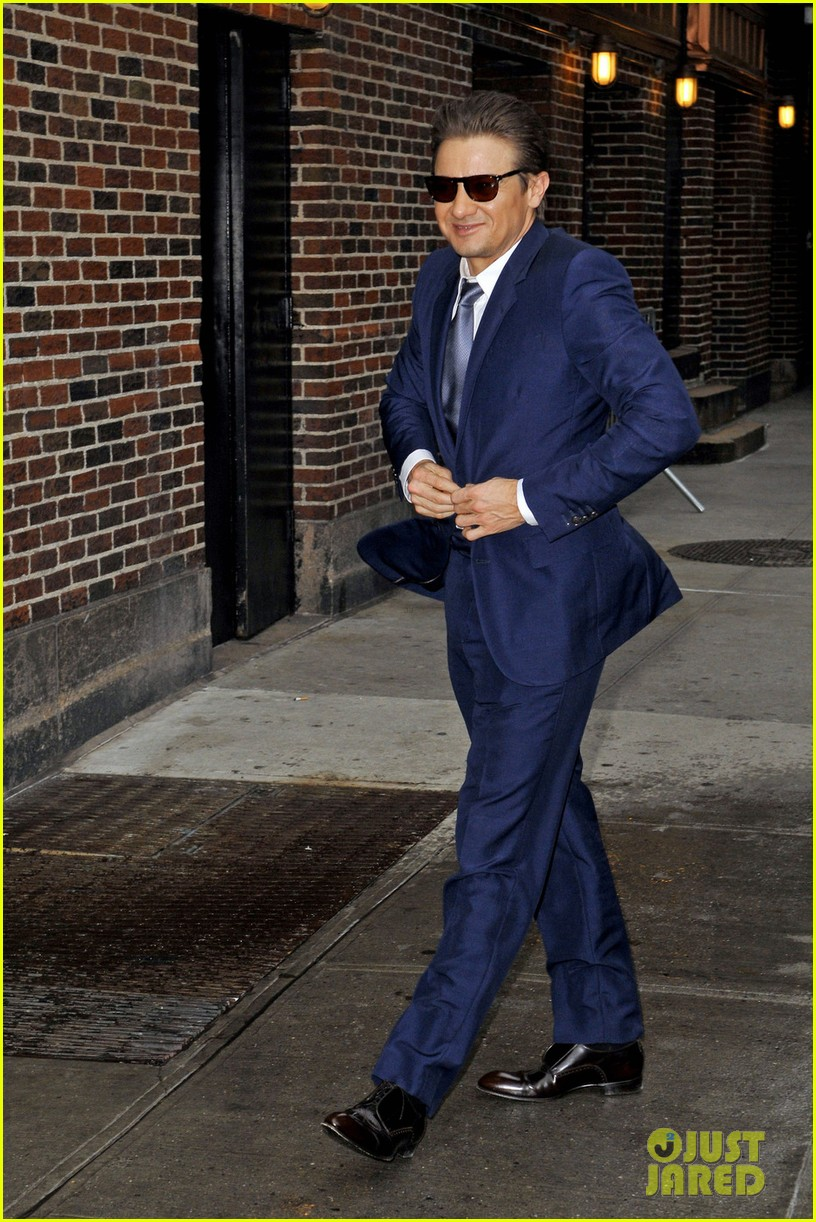jeremy renner late show appearance 03