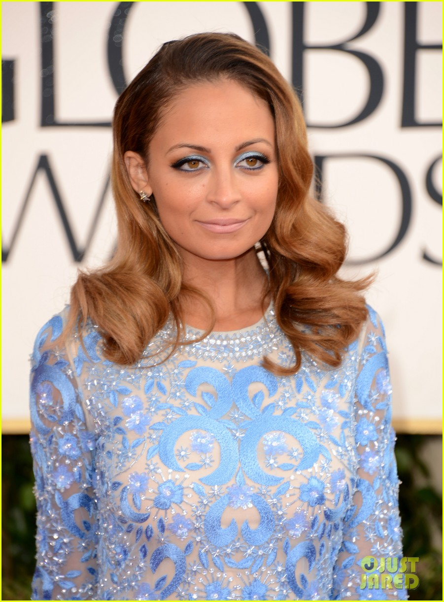 nicole richie golden globes 2013 red carpet 04