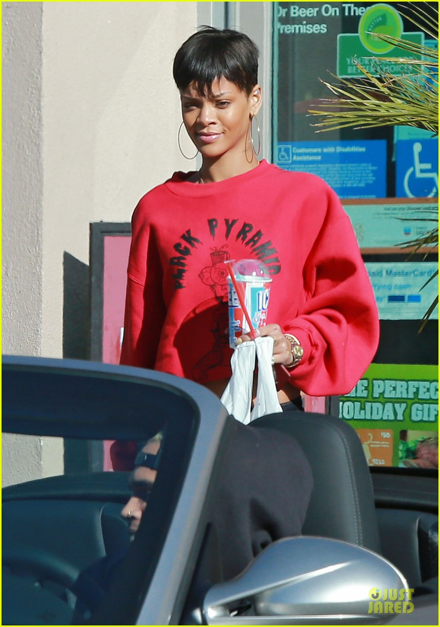 rihanna & chris brown slurpee craving stop 08