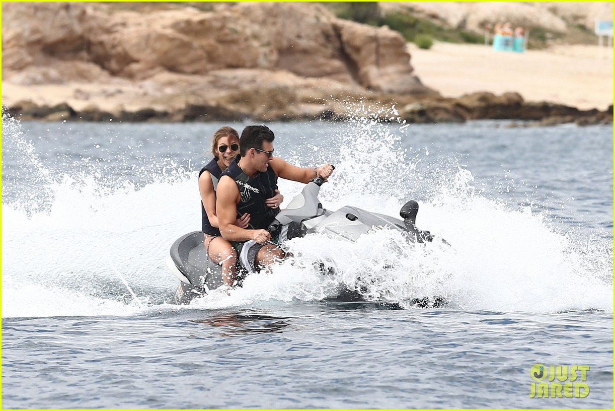 leann rimes eddie cibrian new years eve swimming in cabo 22