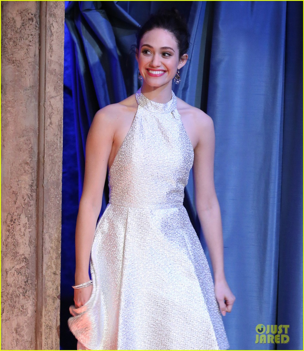 emmy rossum late night with jimmy fallon appearance 08