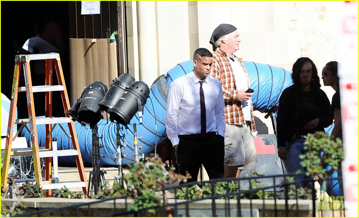 mark salling films glee amid sexual battery allegations 01