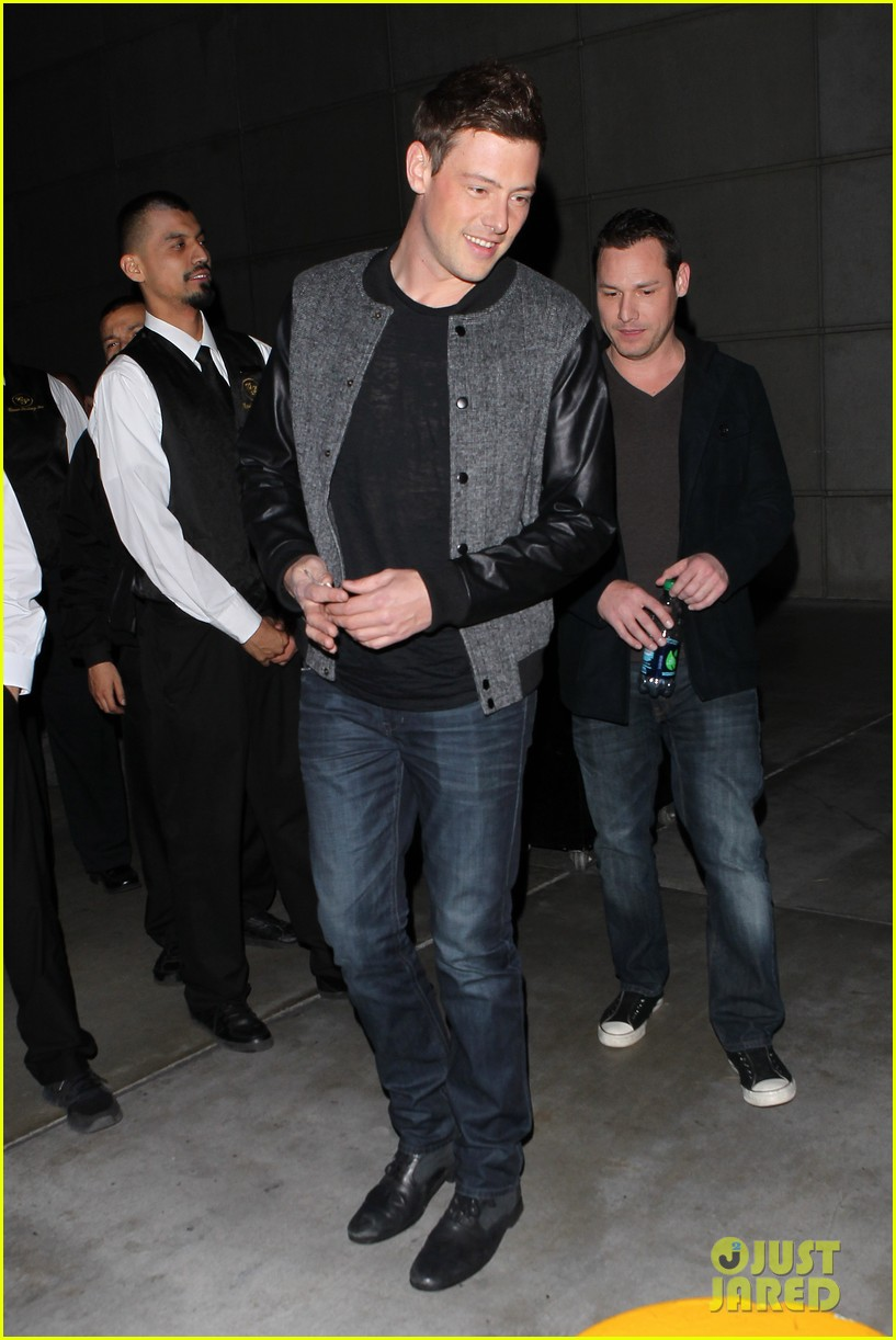 patrick schwazenegger taylor lautner lakers game guys 17