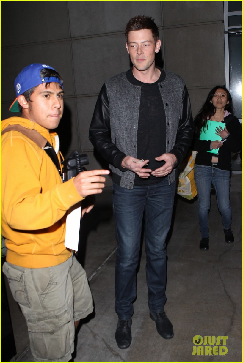 patrick schwazenegger taylor lautner lakers game guys 20