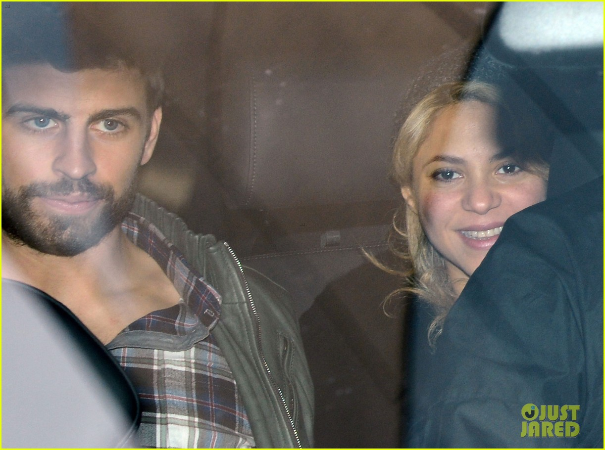 shakira gerard pique leave hospital with baby milan 03
